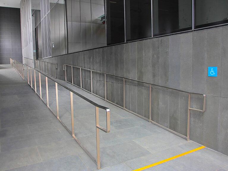 MD6 - SS Railings 3