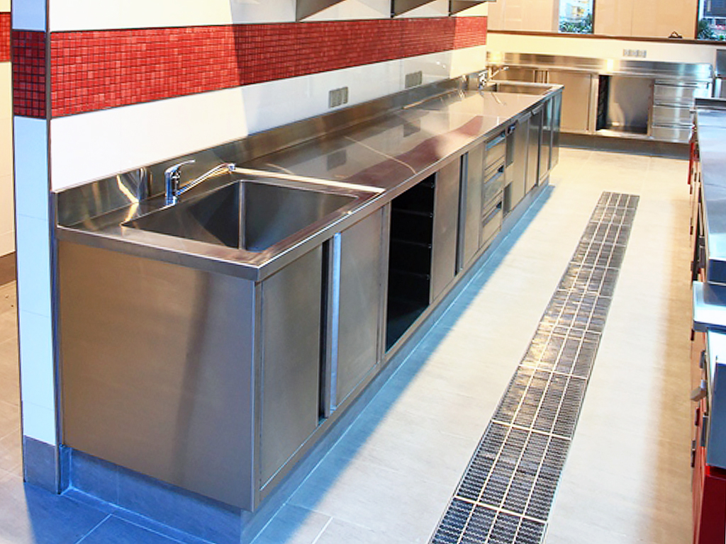 2014 Stainless Steel ACI Kitchen 5